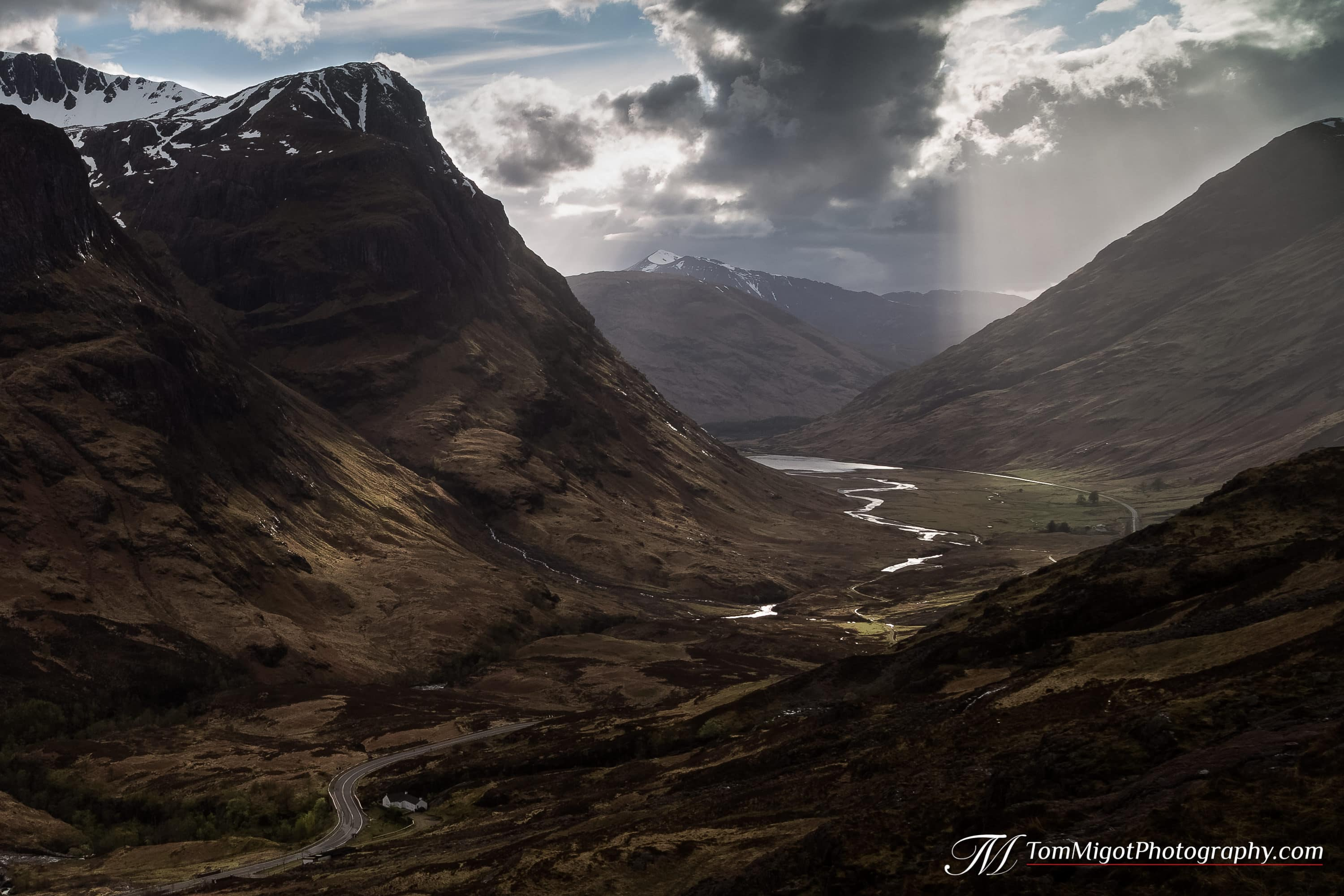 the 3 sisters of glencoe in the scottish highlands