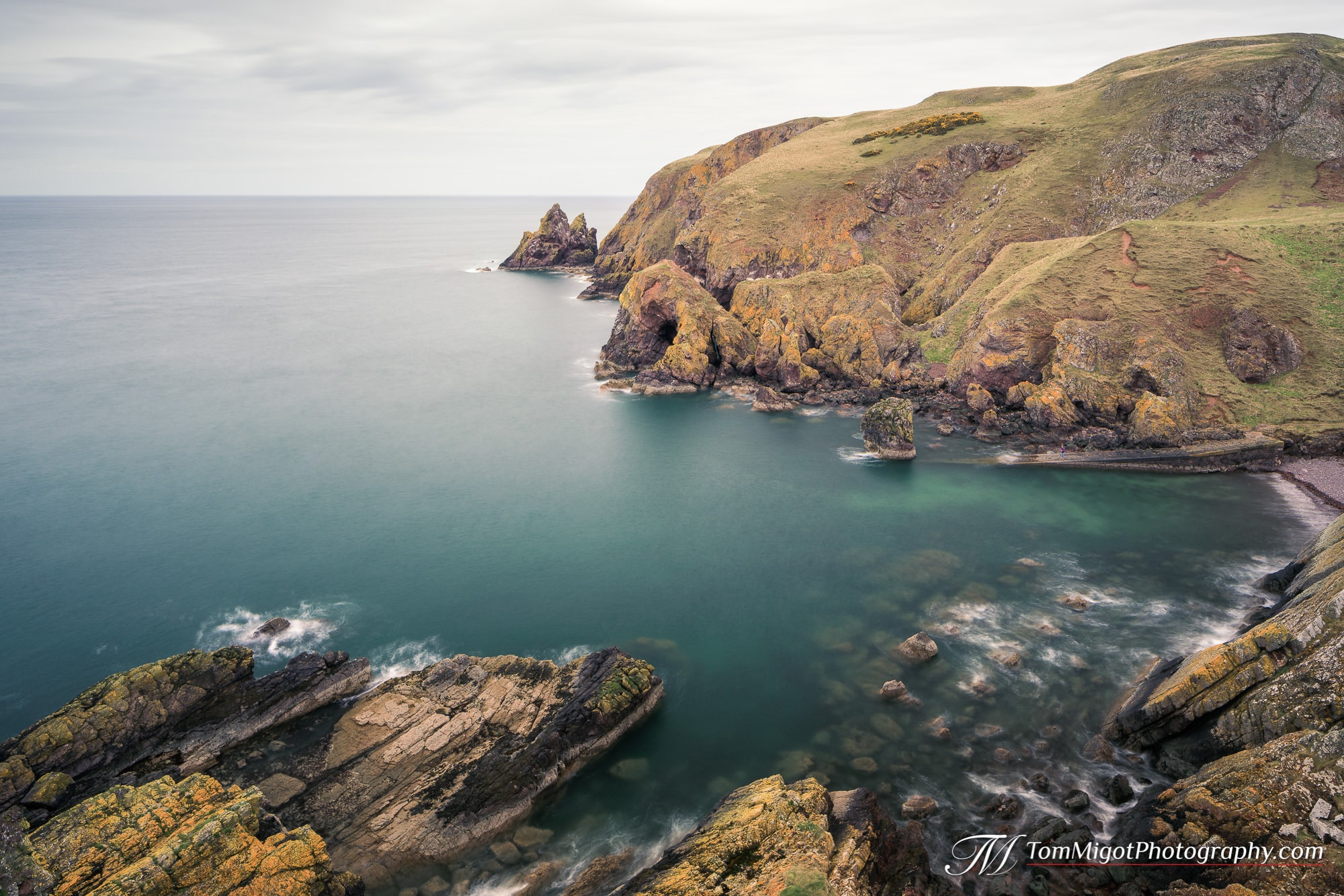Vue sur Pettico Wick Bay dans les Scottish Borders