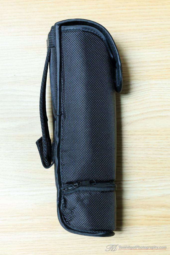 L'étui du Apeman Sl350 avec son attache ceinture