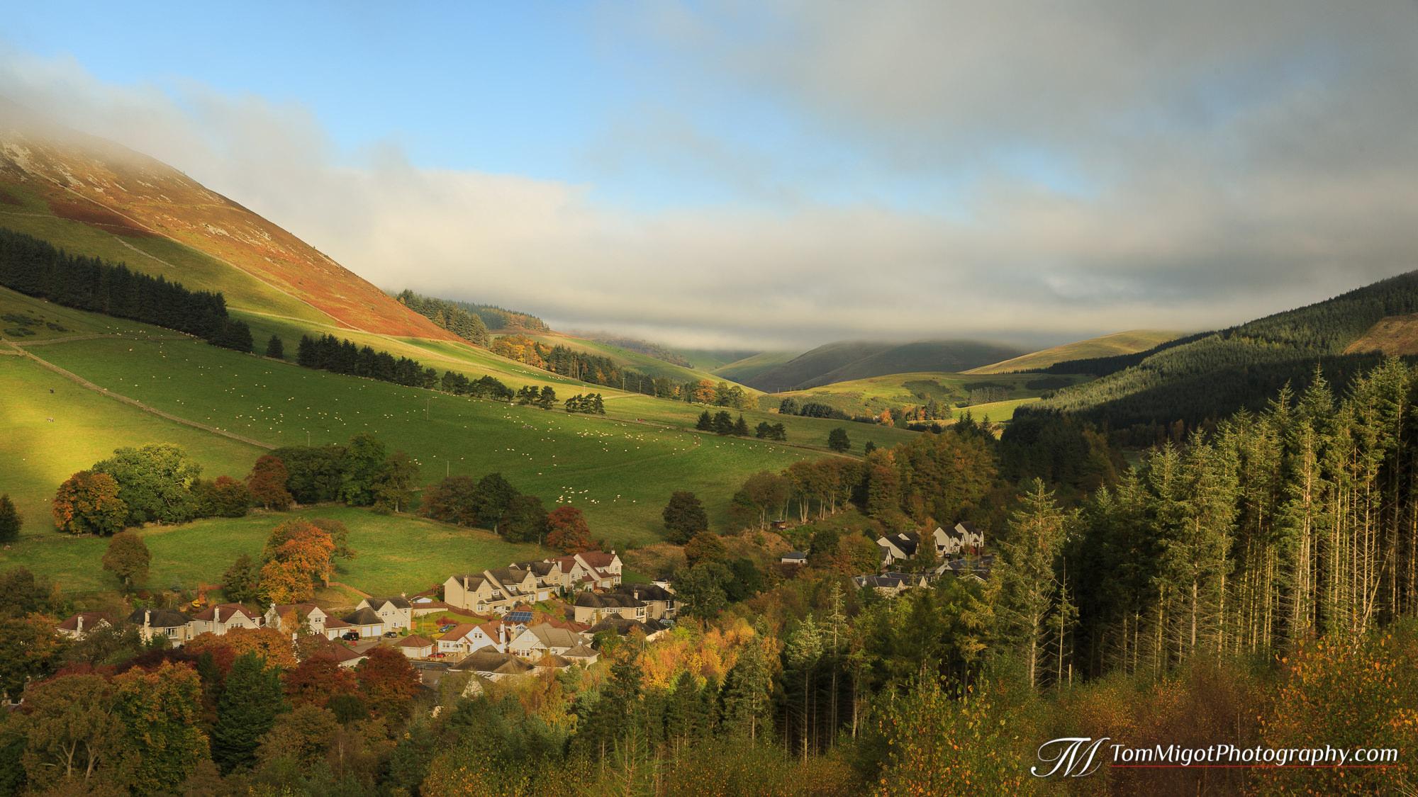 Innerleithen dans les Scottish Borders photographié à l'Automne