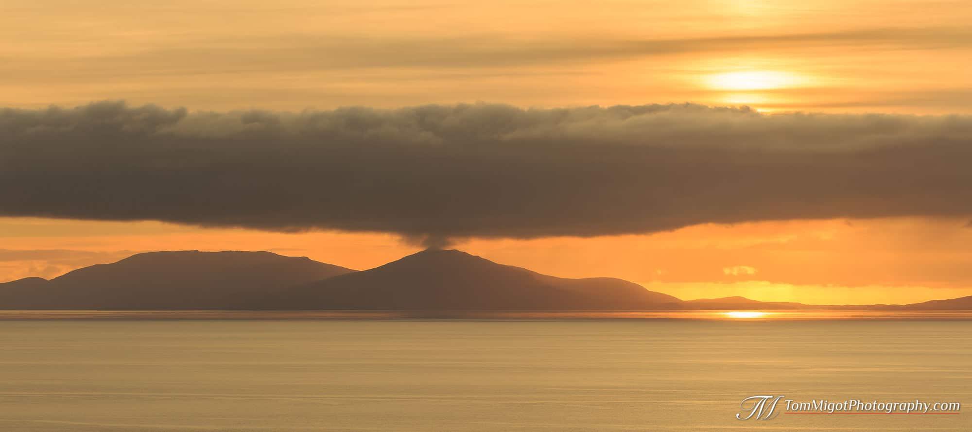 Coucher de soleil sur l'Ile de North Uist en Ecosse photographié à l'automne