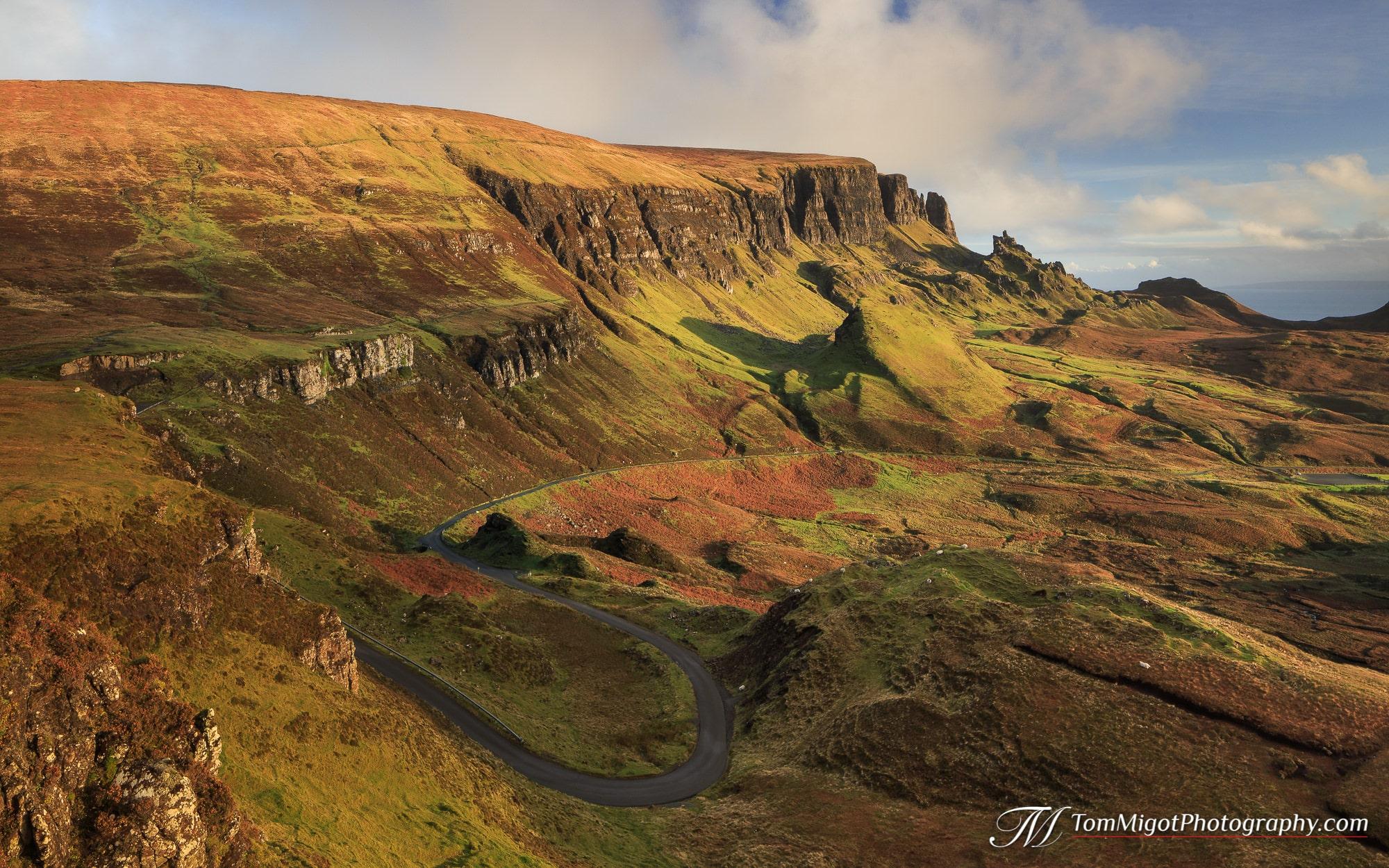 Lever de soleil sur le Quiraing sur l'Ile de Skye en Ecosse photographié à l'automne
